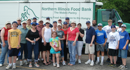 Mobile food pantry helps Will County families